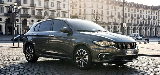 Fiat_Tipo_HB_overview_1